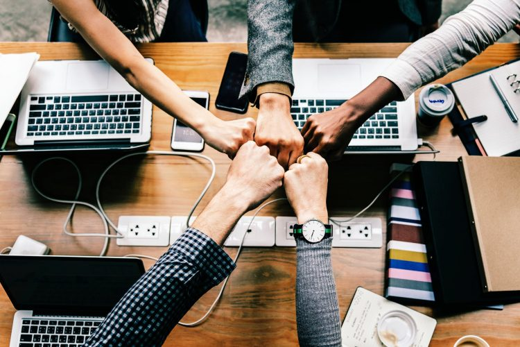 Comment établir des relations de travail saines ?