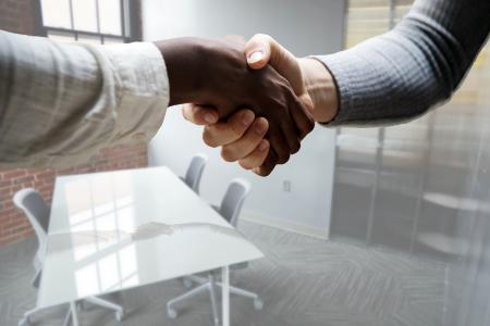 Recrutement d'un salarié : quelles sont les obligations légales ?